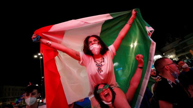 UEFA rendida: O incrível palpite de adepto italiano que já corre mundo