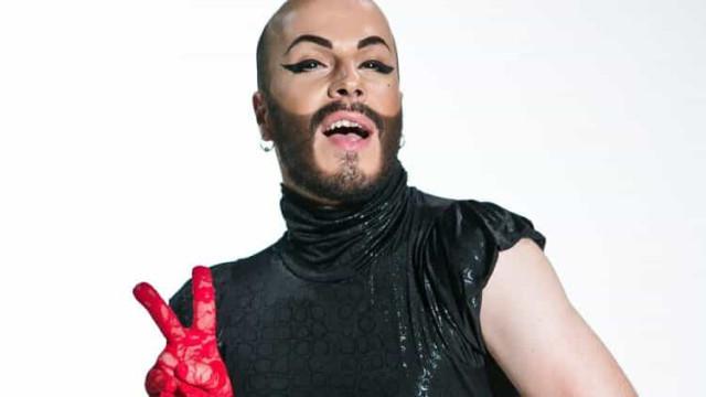 Morreu a drag queen Natasha Semmynova, ex-concorrente do 'The Voice'