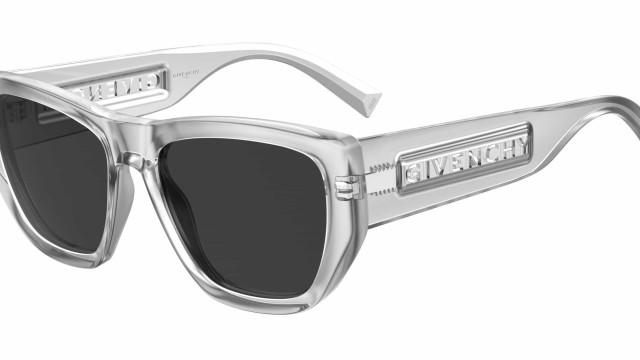 Os novos modelos de óculos Givenchy são o 'must have' deste verão