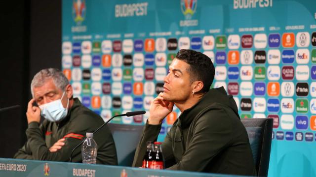 UEFA pede final do 'boicote' iniciado por Cristiano Ronaldo à Coca-Cola