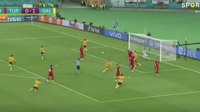 Bale desfez em 'papel' a defesa turca na última jogada do encontro