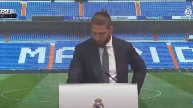 O momento em que Sergio Ramos não segura as lágrimas no adeus ao Real
