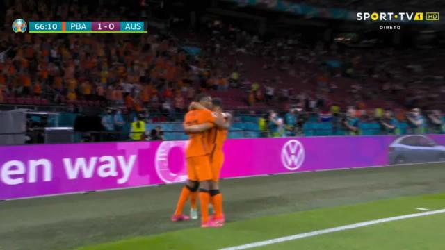 O golo de Dumfries que selou a vitória dos Países Baixos sobre a Áustria