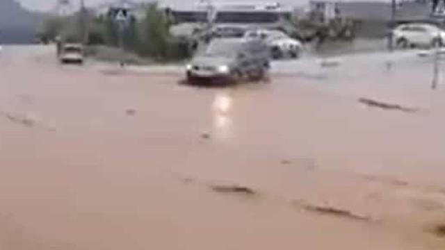 """""""Muita chuva em pouco tempo"""" causou inundações (e estragos) em Valpaços"""