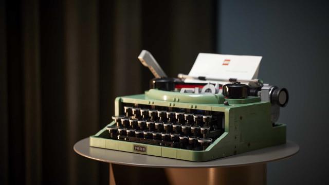Estética vintage. O novo set da LEGO é uma máquina de escrever!