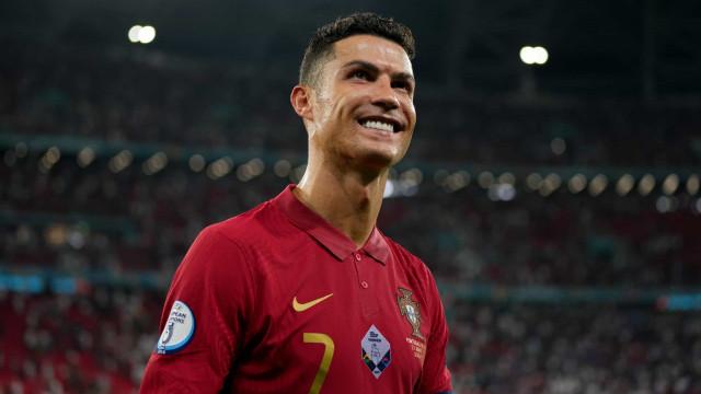 A reação de Ronaldo após o apuramento para os oitavos do Euro'2020
