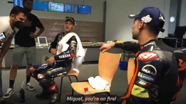 """""""Miguel, o que comeste hoje?"""" Quartararo impressionado com Oliveira"""