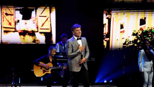 Tony Carreira: As fotos do concerto que começou com homenagem à filha