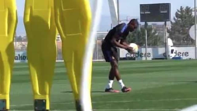 Alaba já dá nas vistas pelo Real Madrid na marcação de pontapés livres
