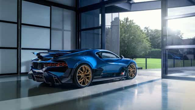 É o último dos 40 Bugatti Divo e está pronto a ser entregue ao dono