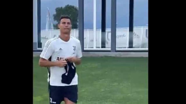 O primeiro treino de Cristiano Ronaldo no regresso à Juventus