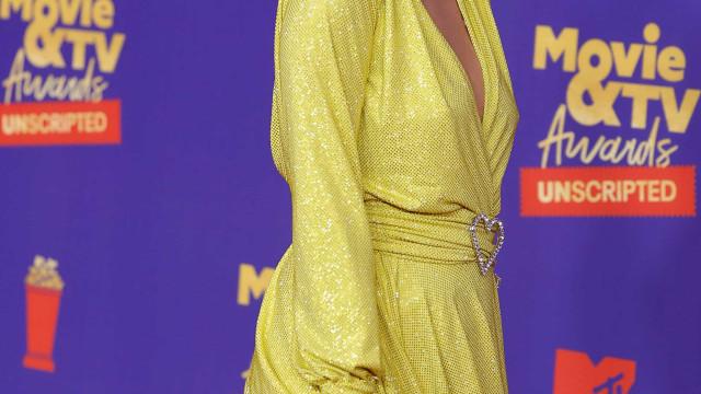 Paris Hilton estará grávida do primeiro filho aos 40 anos, diz fonte