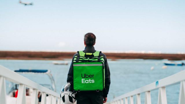 Uber Eats está na Nazaré e celebra chegada com campanha