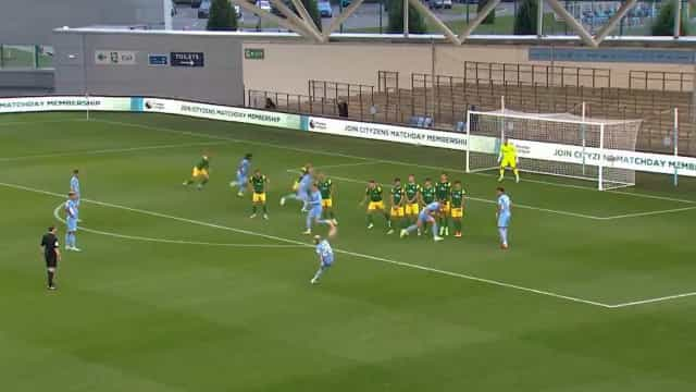 Manchester City já começou jogos de pré-época e Mahrez marcou este golaço