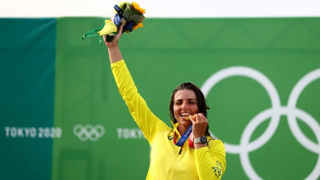 Jessica Fox ganhou medalhas em Tóquio e teve ajuda... de um preservativo