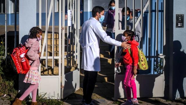 DGS só autoriza vacina a crianças dos 12 aos 15 anos com comorbilidades
