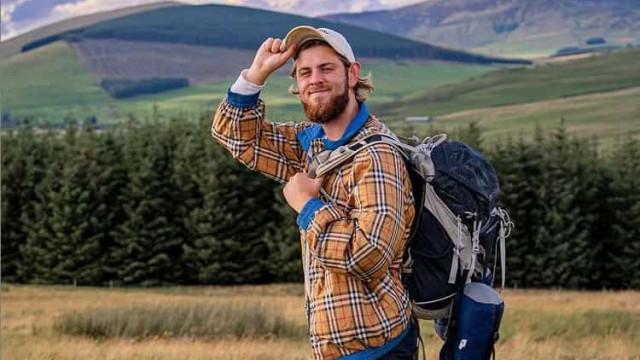 YouTuber morre após sofrer queda nos Alpes enquanto filmava video