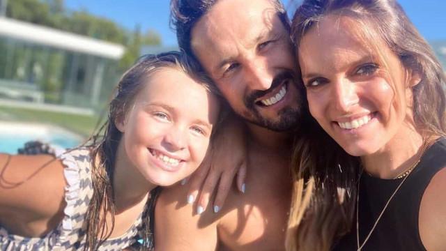 """""""Linda família"""": Diana Chaves, César Peixoto e a filha em fotos amorosas"""