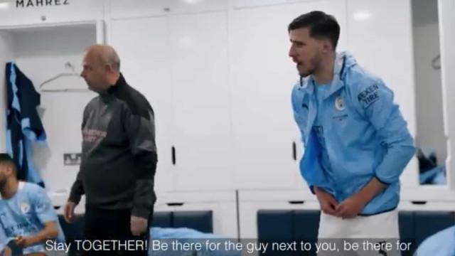 """""""Fiquem juntos"""". Rúben Dias destaca-se em palestra do Man. City"""
