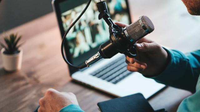 As apps de podcasts mais populares do momento
