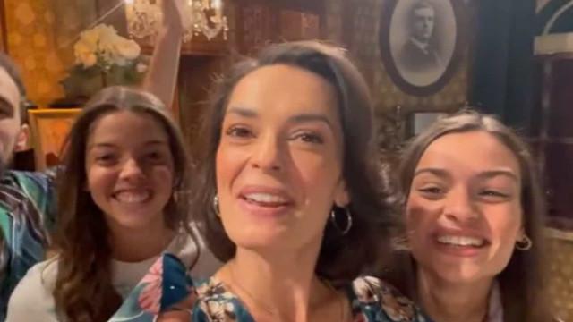 Melânia Gomes e família da ficção dão os parabéns a João Catarré