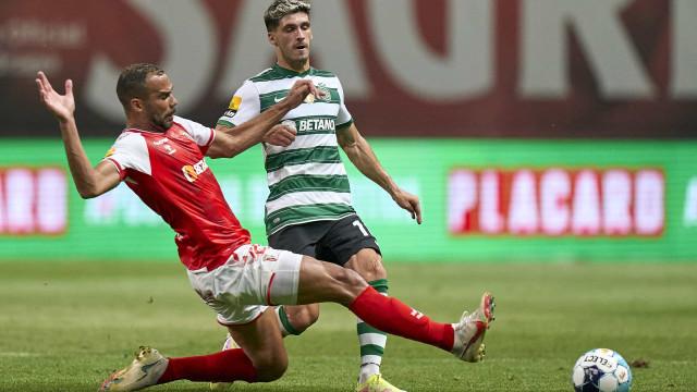 Foram apontados ao Benfica mas rumaram a outros clubes (rivais incluídos)