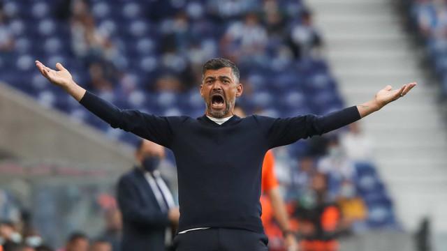 Conceição promove revolução no onze para o jogo com o Santa Clara