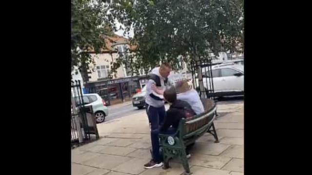 Inglaterra. Homem ataca adolescente que é...campeão de Jiu-jitsu