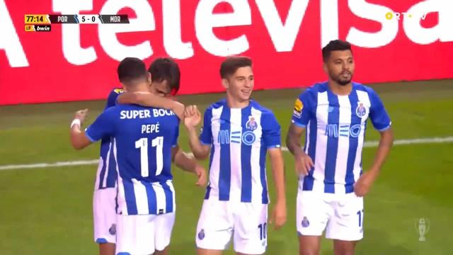 Dois 'bis' e um estreante coloriram a goleada do FC Porto no Dragão