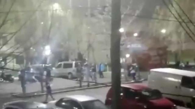 Tiroteio entre 'barrabravas' de Racing e Independiente faz dois feridos