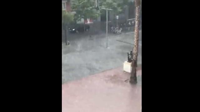 O que chove na cidade condal. Tempestade coloca Barça-Granada em risco