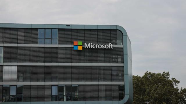 """Microsoft estuda """"potencial abertura"""" de novo escritório fora de Lisboa"""