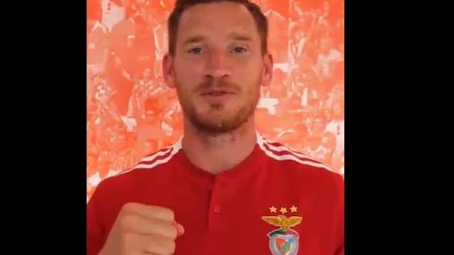 Vertonghen cumpriu 50 jogos pelo Benfica e mostra como domina o português