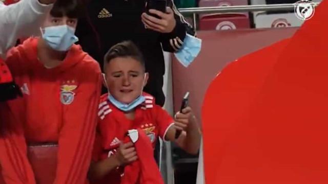 Jovem ficou em lágrimas na vitória do Benfica sobre o Boavista