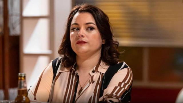 """Ana Guiomar descuida-se nos bastidores de novela: """"Dei um pum"""""""