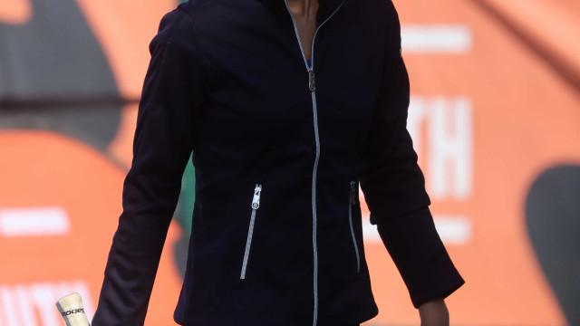 Kate Middleton mostra talento (e excelente forma física) a jogar ténis