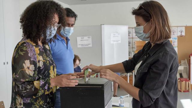 Portugueses 'chamados' às urnas em 308 municípios. Em Lisboa foi assim...