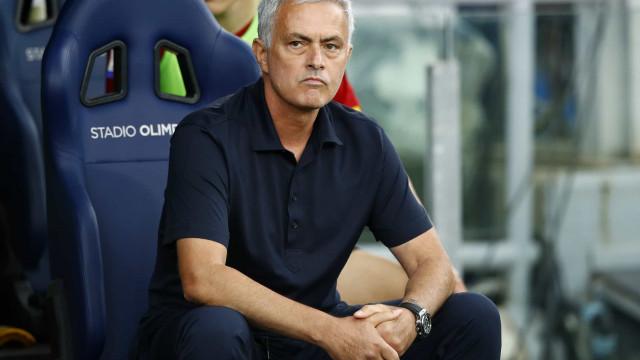 Mourinho abandonou conferência de imprensa após jogo com a Lazio