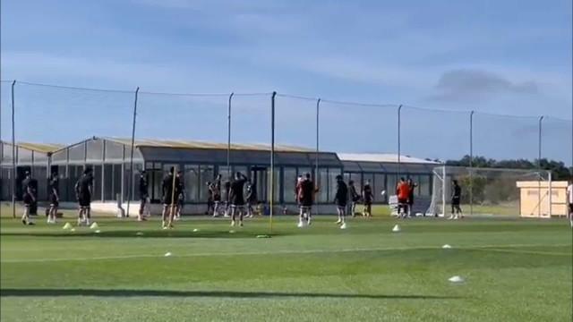 O último treino do Sporting antes da viagem rumo a Alemanha