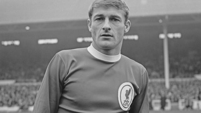 Roger Hunt, campeão do Mundo por Inglaterra em 1966, morre aos 83 anos