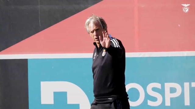 As imagens do último treino do Benfica antes do duelo com o Barcelona