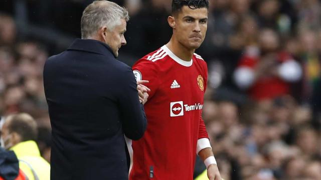 Solskjaer admite voltar a deixar Cristiano Ronaldo no banco de suplentes