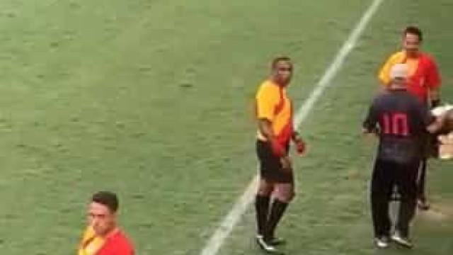 Clube brasileiro acusa árbitro de xenofobia em torneio de sub-14