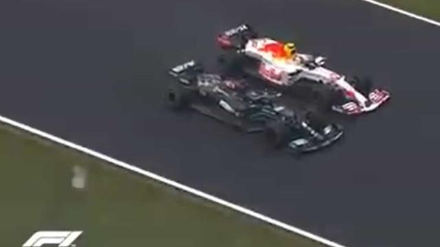 As imagens do escaldante duelo entre Hamilton e Pérez no GP da Turquia