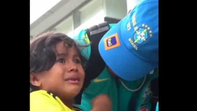 Jovem adepto conheceu Neymar e acabou em lágrimas