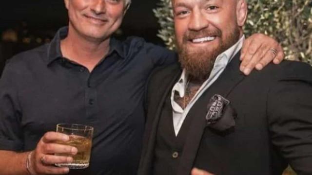 Encontro entre Mourinho e McGregor até teve direito a whisky