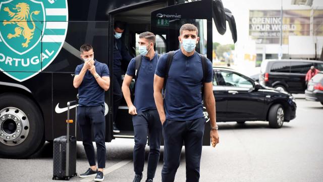 As imagens da partida do Sporting rumo ao confronto milionário na Turquia