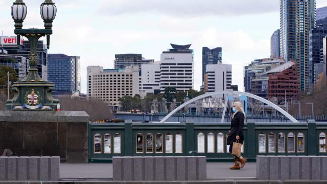 """AO MINUTO: Países """"devem fazer mais""""; Melbourne abre ao fim de 262 dias"""
