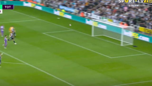 Chapelada de Kane completou reviravolta do Tottenham