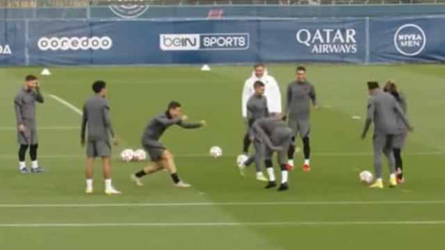 Neymar levou 'cueca' de Herrera, não gostou e respondeu... ao pontapé